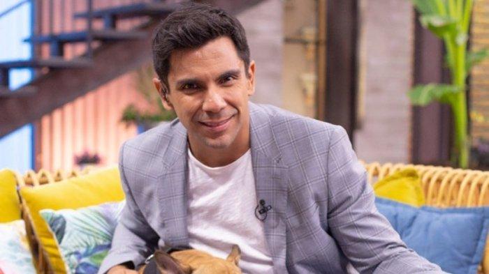 """Juan Pablo Queraltó disfruta de sus primeros días con Clemente, su segundo  hijo: """"Es un regaloncito rico"""" - Chilevisión"""